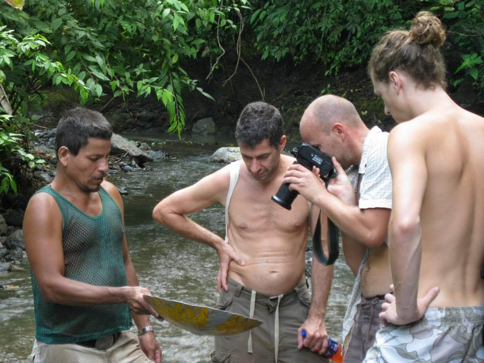 Meet some local gold miners on your walk down Rio Tigre.