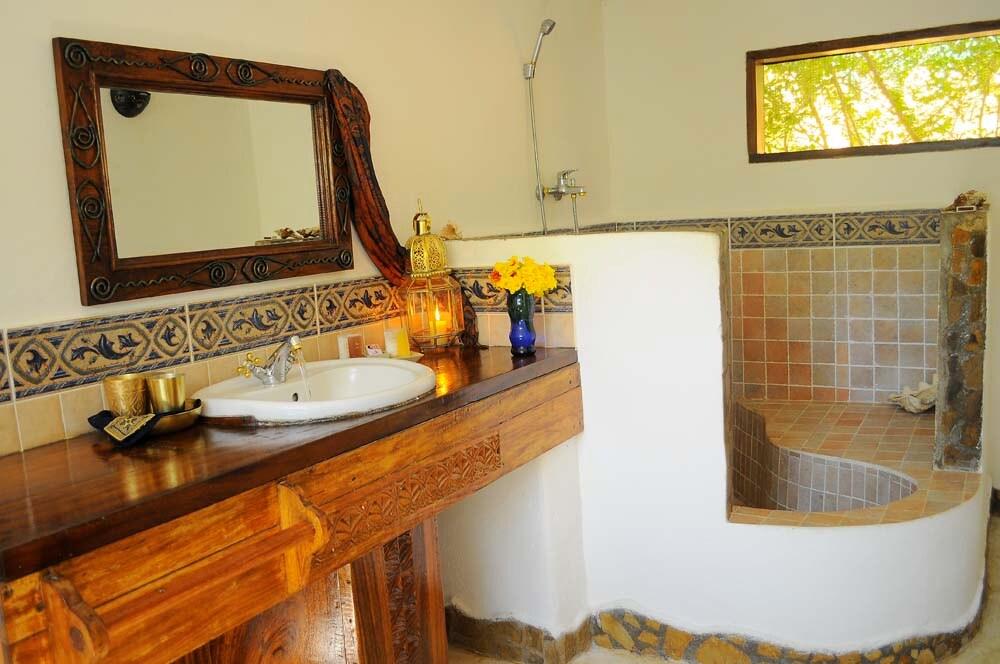 Kinasi Lodge- Garden Room