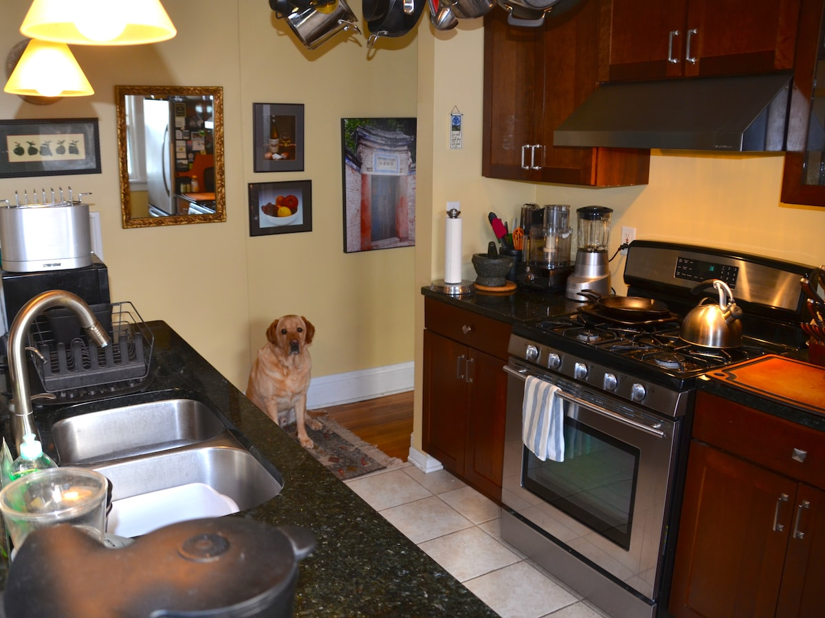 Duncan oversees all cooking done in our well-equipped kitchen!