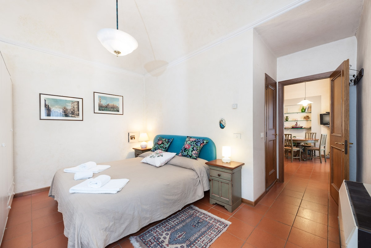 Quiet flat in the heart of Florence