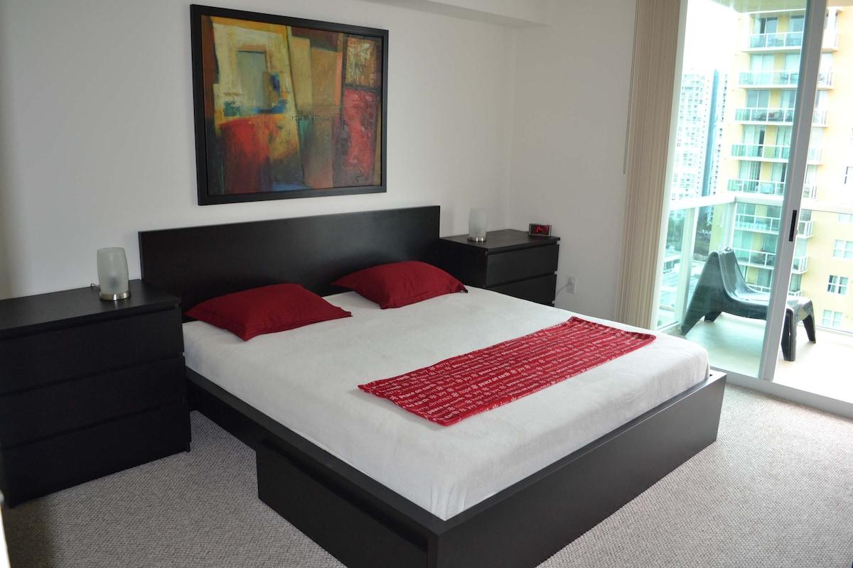 LUXURY 2 BEDROOM WITH OCEAN VEIW