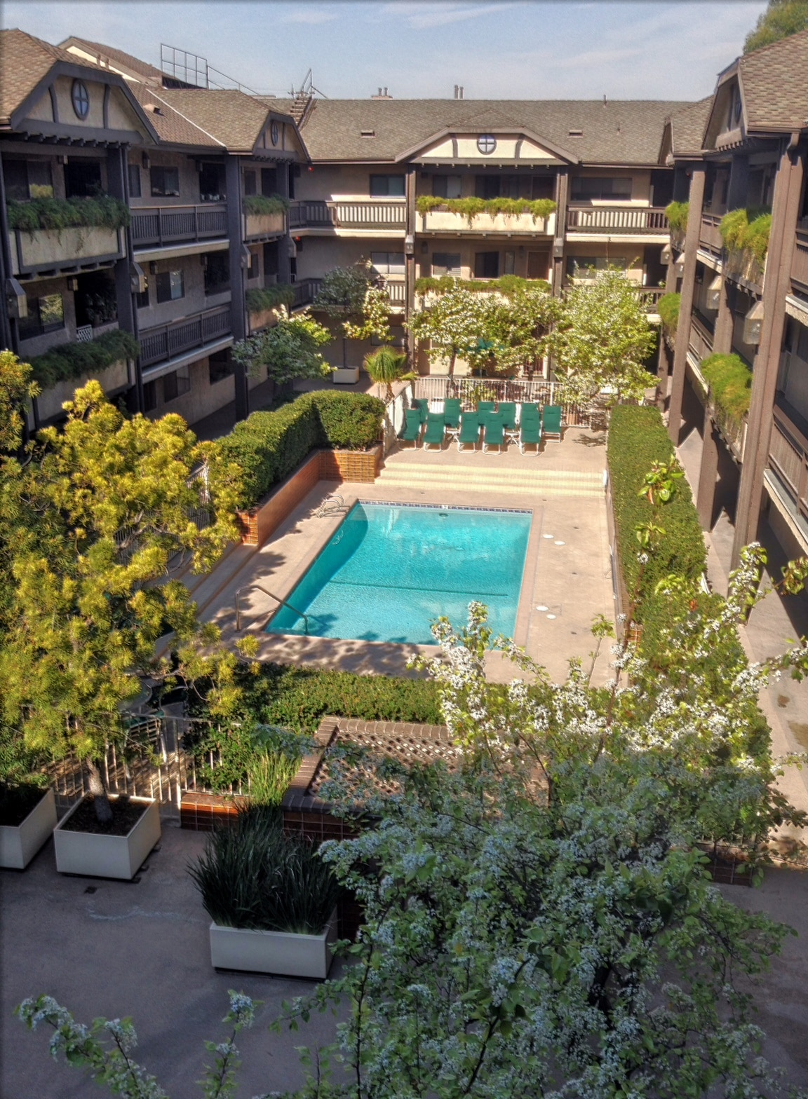 Pool, Jacuzzi, and beautiful courtyard area for you to enjoy.