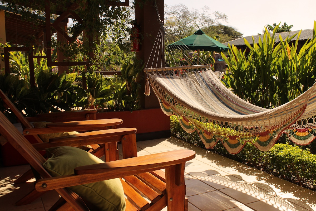 Rest, relax & enjoy CostaRica! 4pax