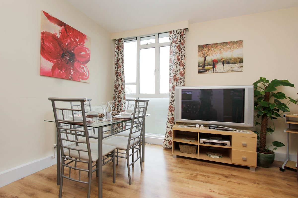STUNNING 2 BED HOLIDAY APARTMENT
