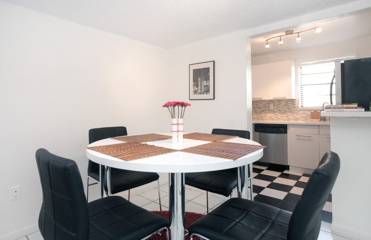 Dining area - Brand new Modern and Beautifully Furnished
