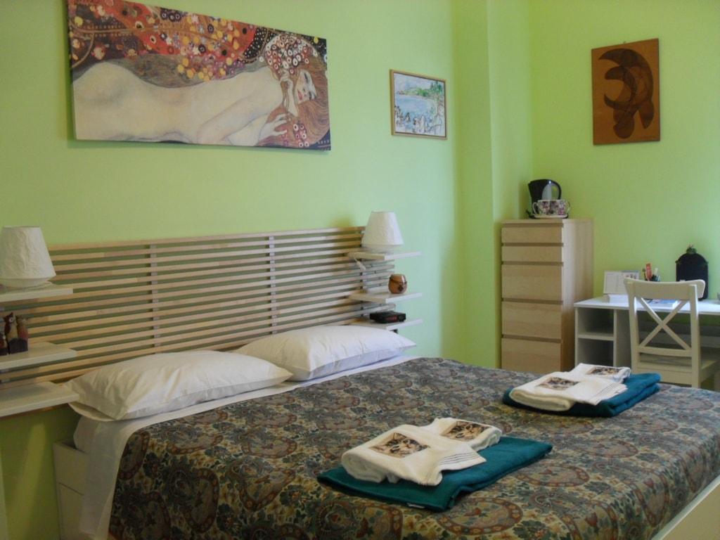Cozy room in the center of Genoa