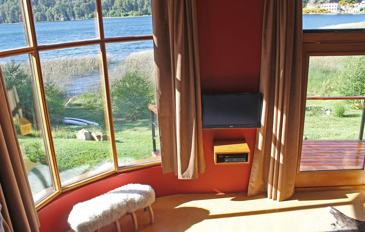 PRIVATE ROOM ON THE LAGOON N.1