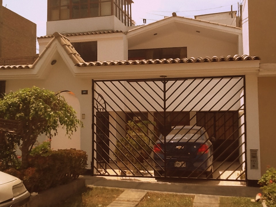 Fachada / Front of the house