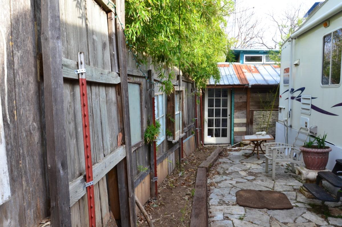 private patio/garden area