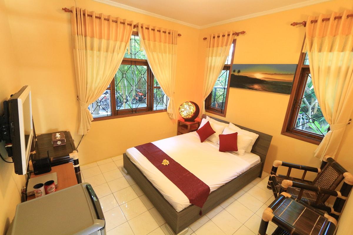 bedroom 1F