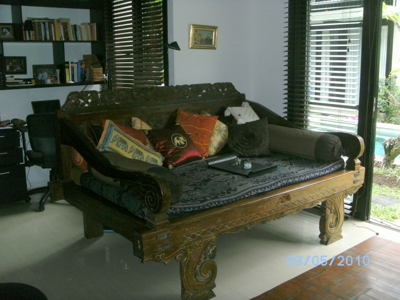Rest: Comfortable Javanese Day Bed to relax and take a snooze