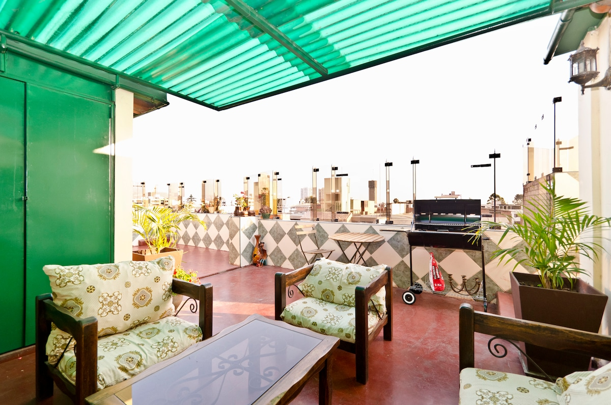 Terrace with the view of San Borja.