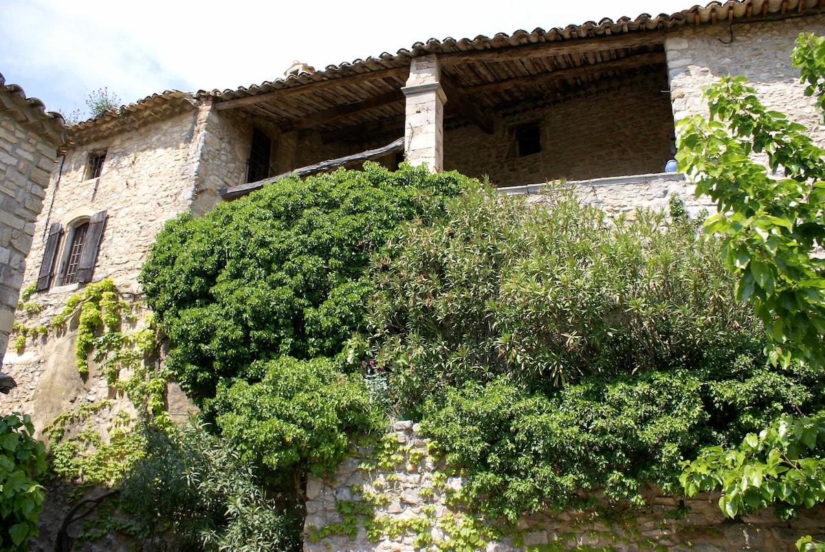 Maison de charme à La Roque