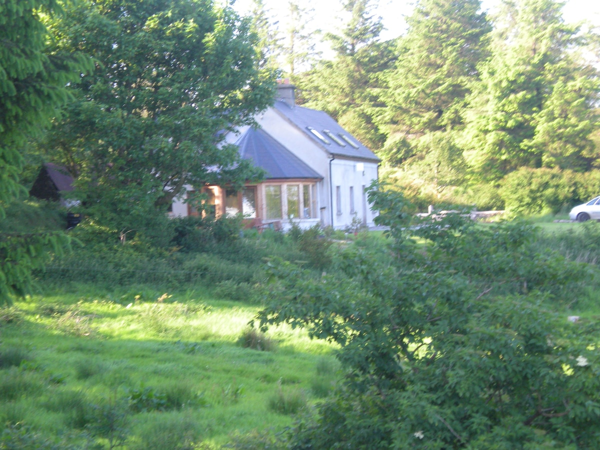 Situated on 3.5 acres of countryside.
