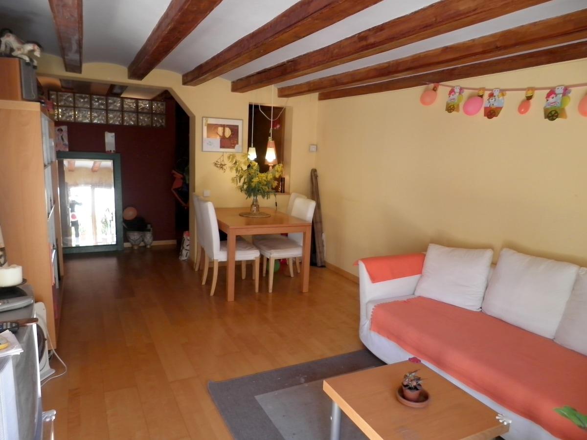 Tranquilo apartamento con terraza
