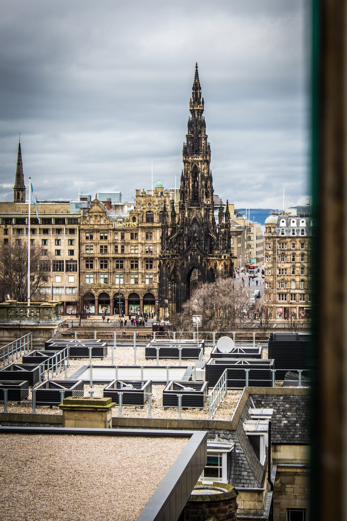 View of the Scotts Monument from the kitchen window (you do have to stretch you neck for this view!)
