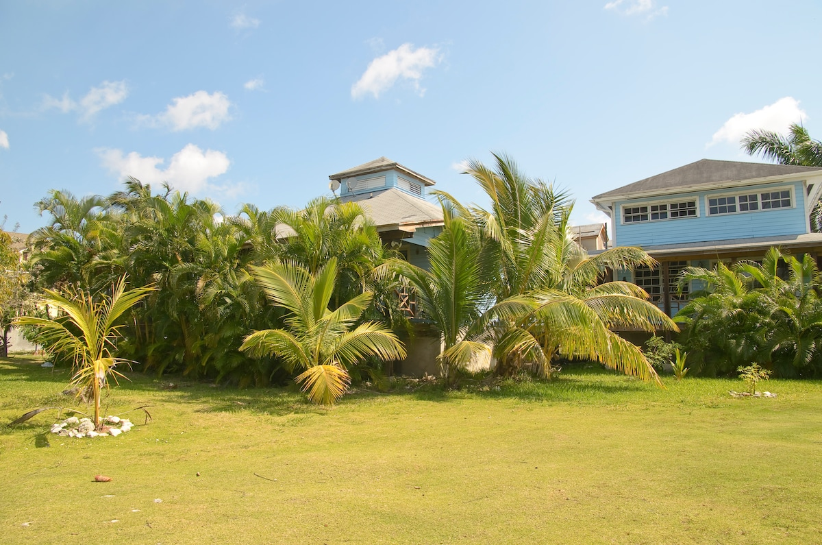 Tropical Gdn. Apt Close To Beach
