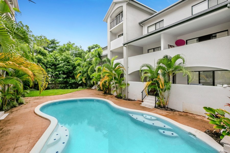 Cairns City Resort Style Apartment