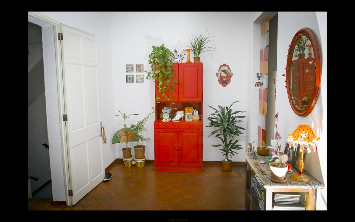 Bonita habitación en casco antiguo