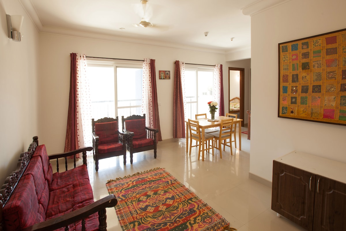ALL AMENITIES, impeccable, broadband WIFI, TV, cable, washing machine, 2 bathrooms