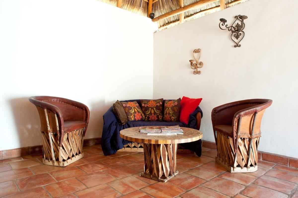 Location Bungalo-Pool & Kitchen