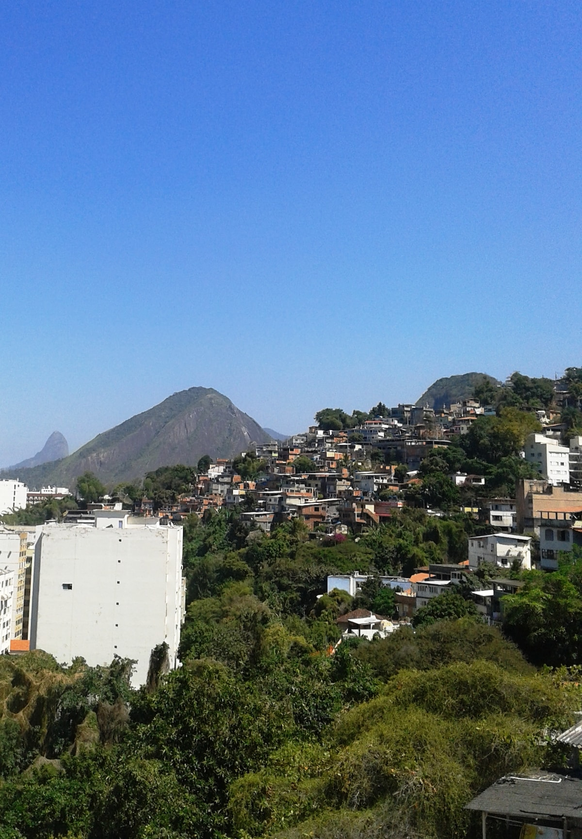 Come and have a great favela experience