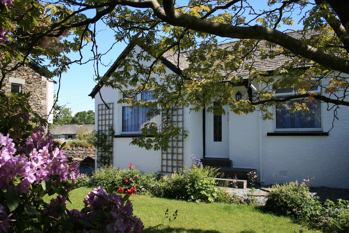 4 STAR GOLD AWARD HOLIDAY COTTAGE