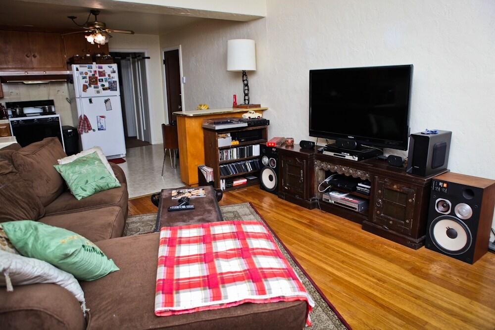 A cozy, comfortable room!