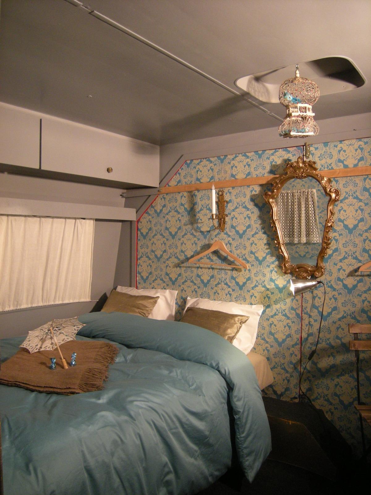 """Caravan """" The Pavilion"""""""
