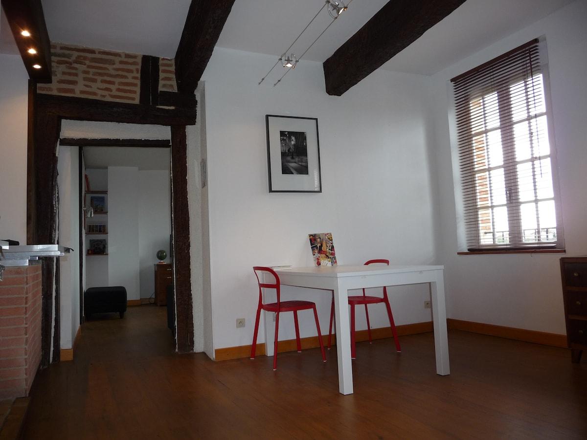 salle à manger  Cathédrale Quai Choiseul Albi