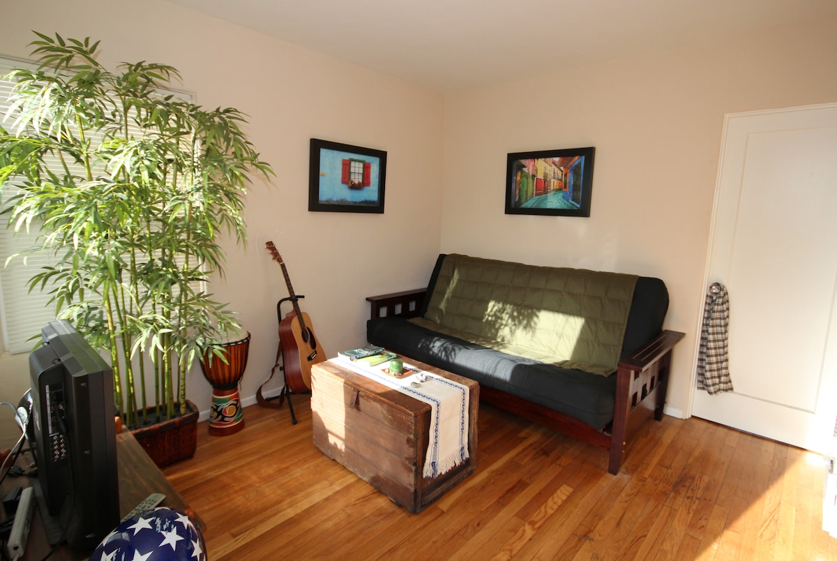 The futon unfolds to a very comfortable queen-size bed. There will be clean sheets and towels waiting for you.