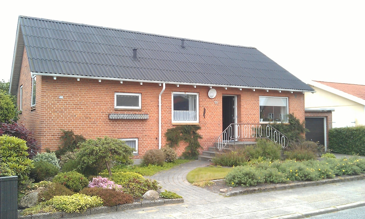 Spacious 2 bed house in Herning