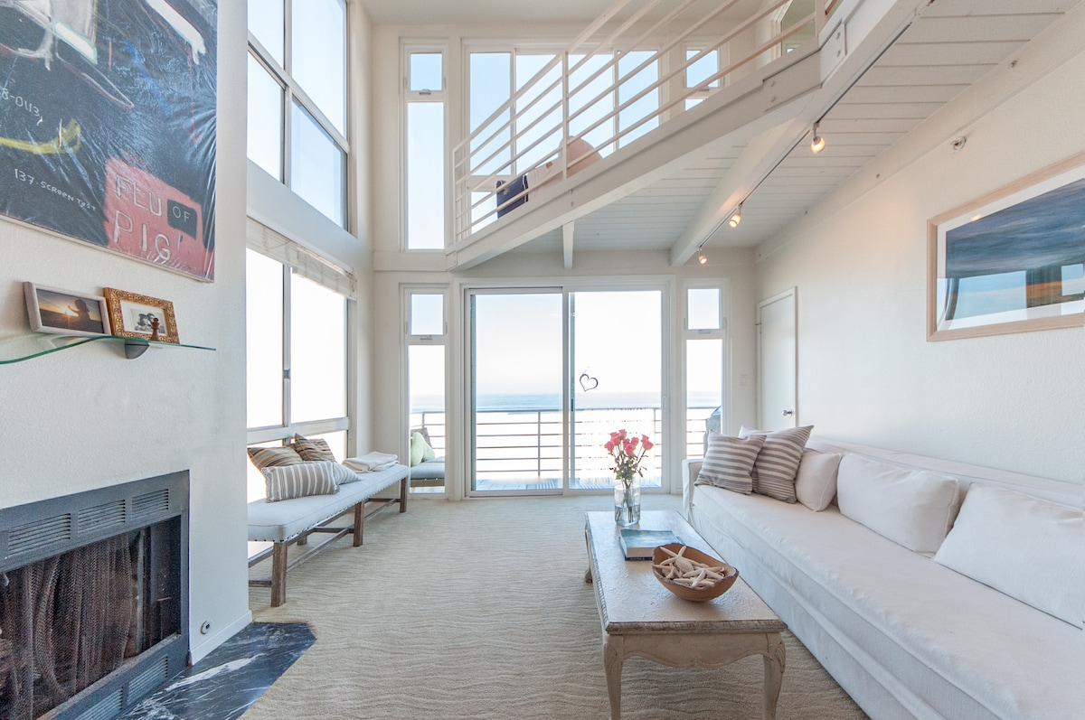Luxury Ocean Front Beach House LA
