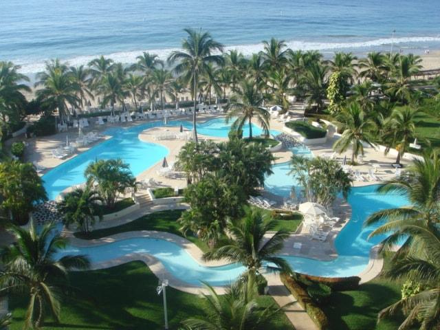 3BR Ixtapa w/ beautiful beach view