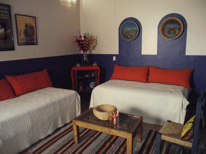 Patzcuaro Suite second bedroom (can be two single beds or one king size bed, depending on guest needs)