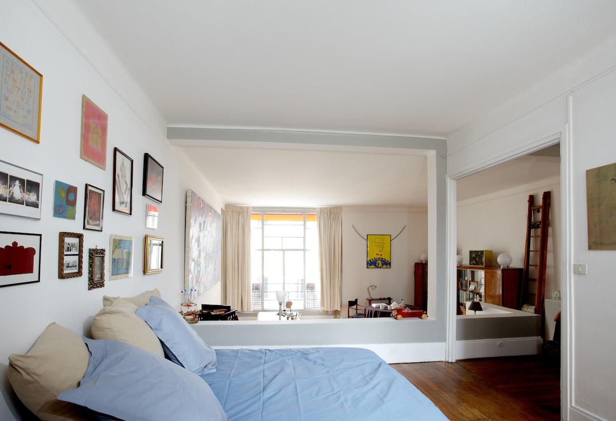 Eiffel Tower - Art Déco Apartment