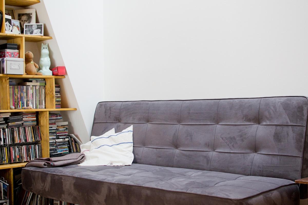 double extendable sofa