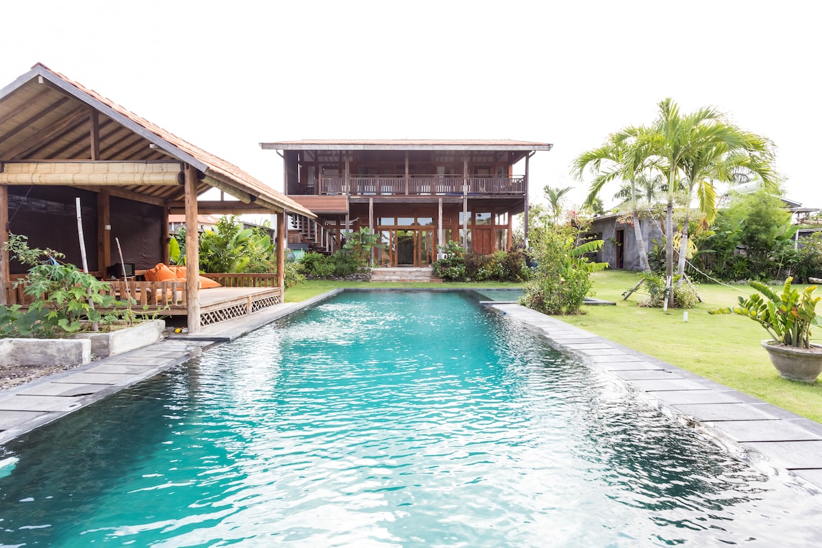 Large garden and 15mX5m pool, looking at main house