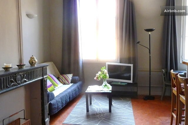 Cosy Flat Cours Mirabeau Old town
