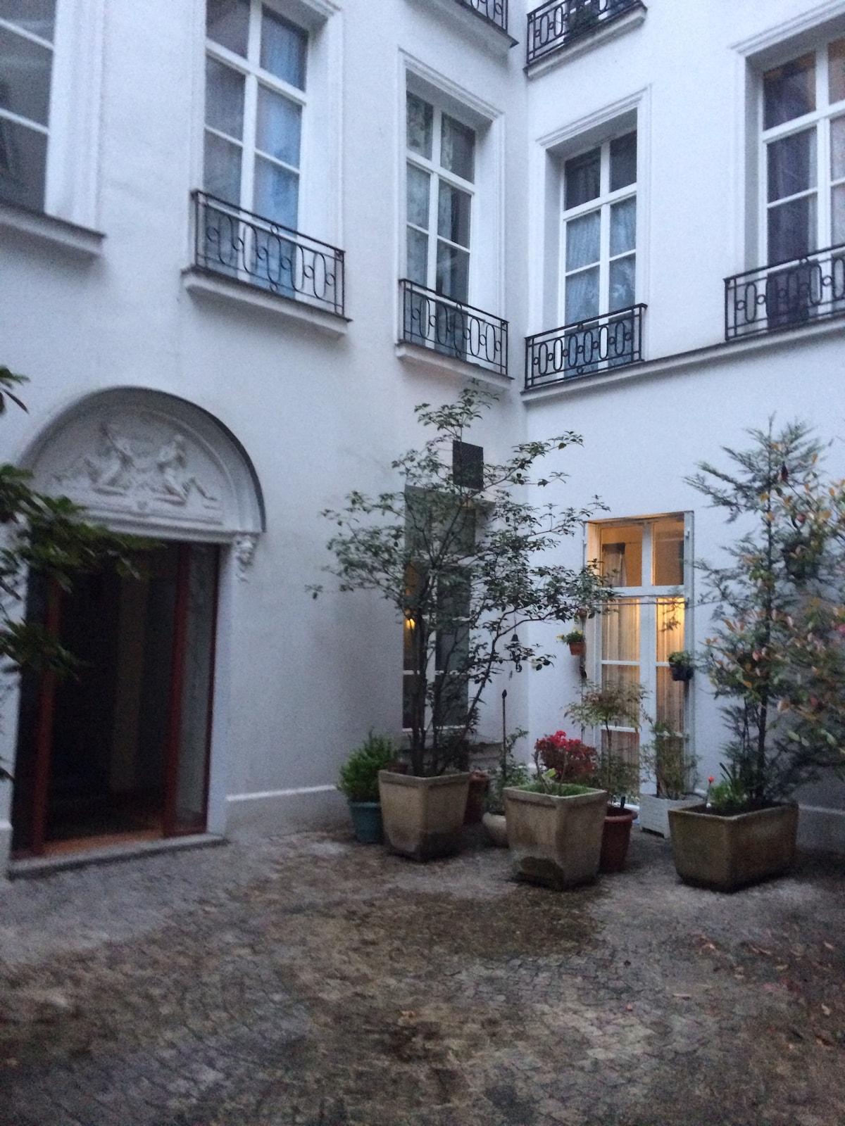 Studio Paris Grands-Boulevards