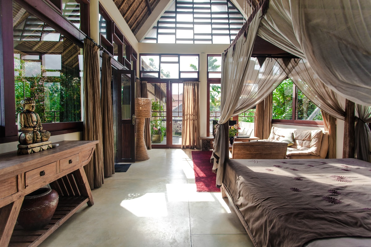Surprise Room in amazing Villas