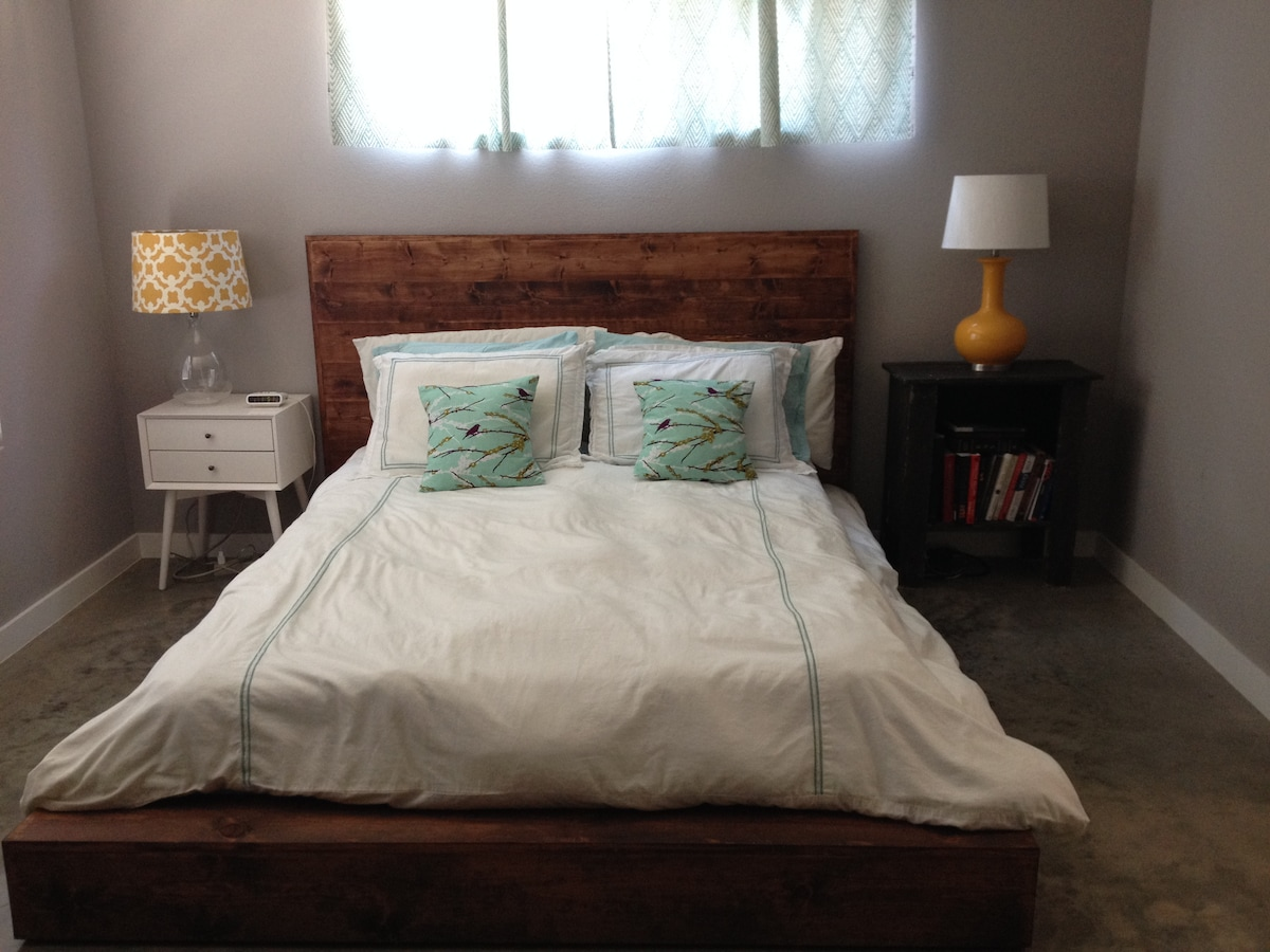 Tempur-Pedic queen mattress, brand new