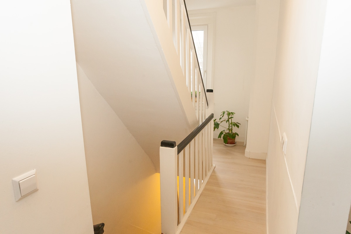Spacious 2 floor app. + roofterrace