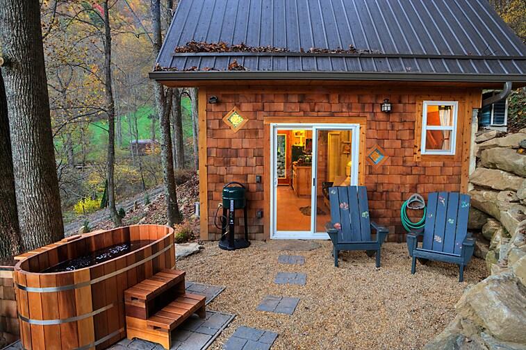 Meadow Branch Cottage-East ForkFarm