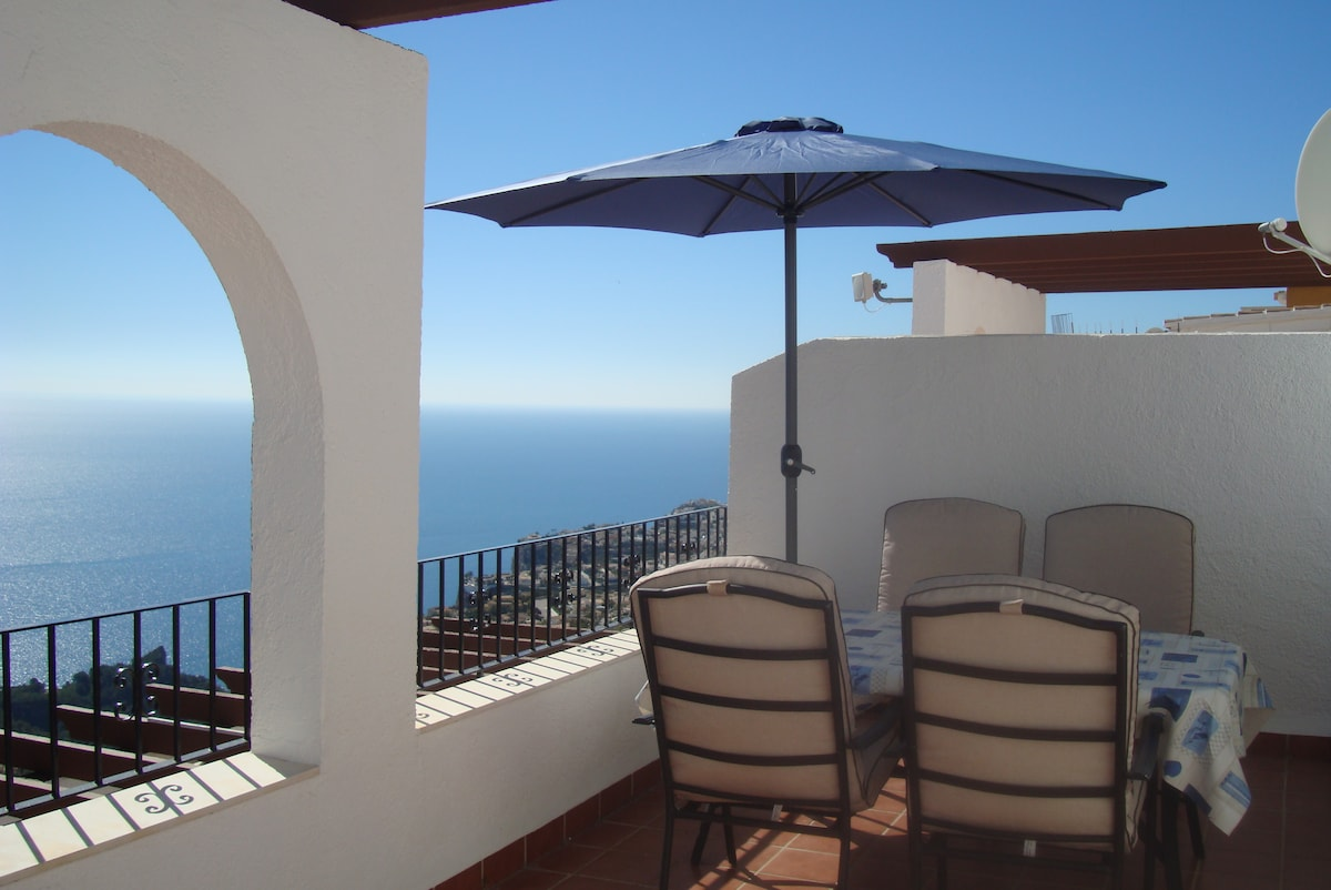 Perfect Apart. with stunning views