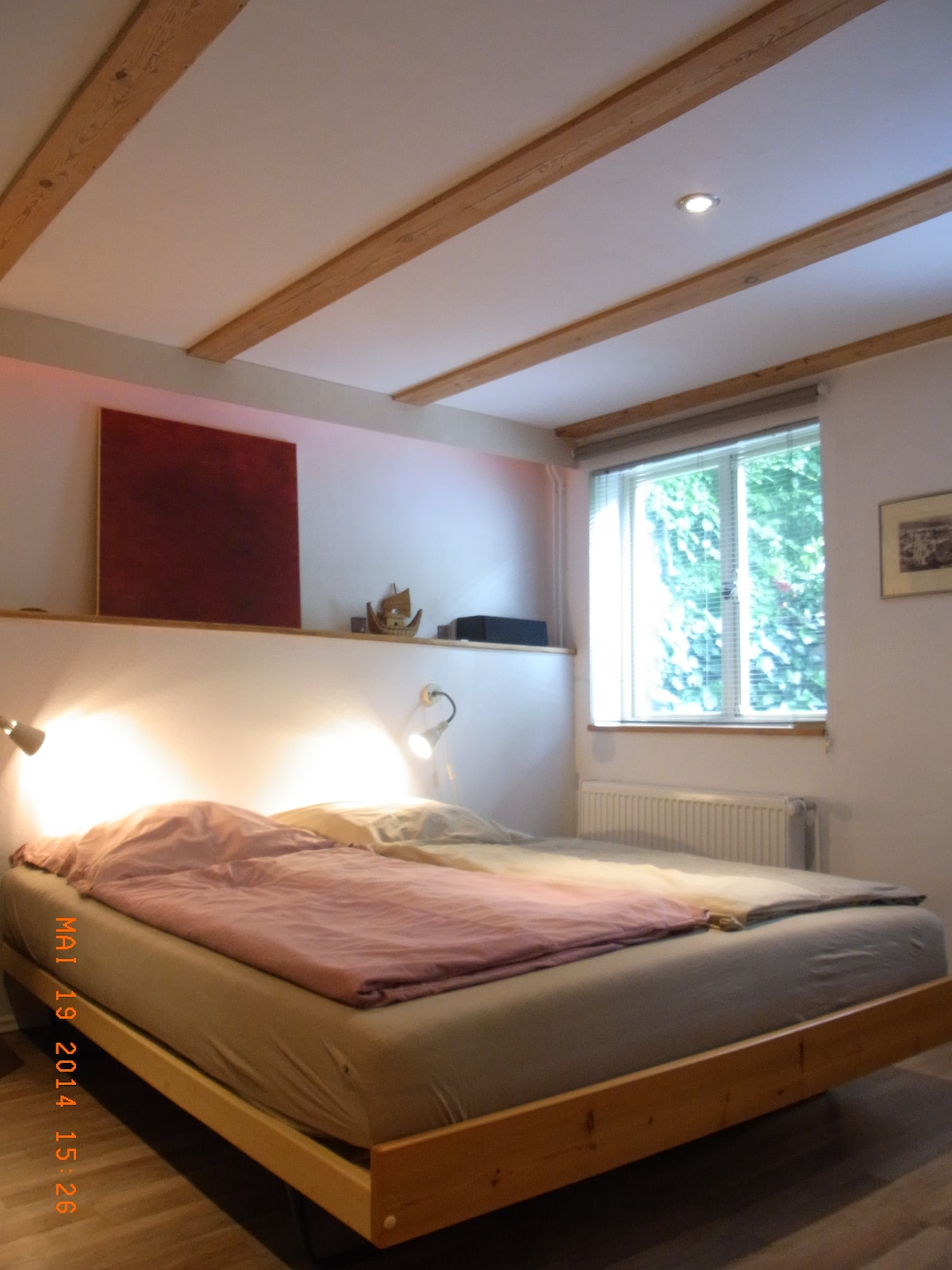 your room - the bed (1,60 x 2m) is appropriate for two people.