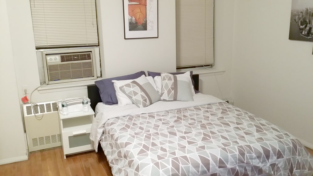MIDTOWN! Large Private Apartment