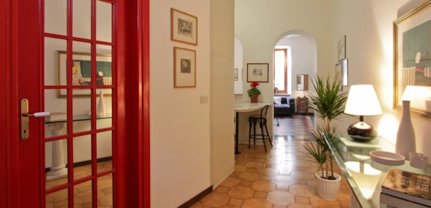Large and charming apt. in Rome