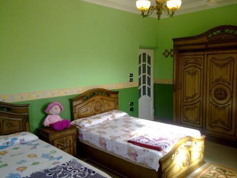 Submain bedroom