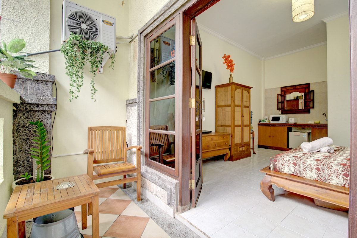 French doors onto verandah